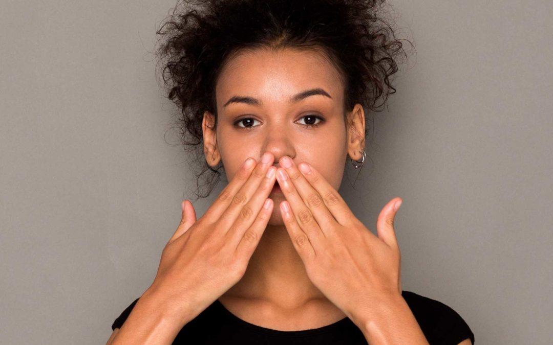 ¿Por qué se produce la halitosis? Tratamiento